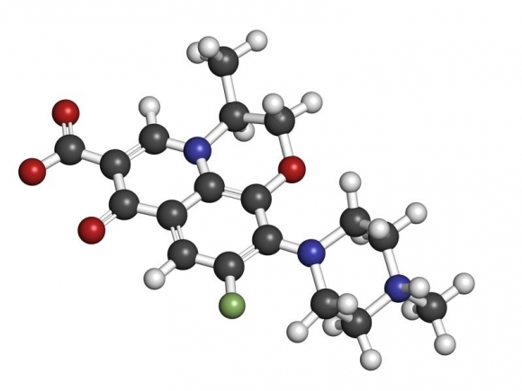 Levofloxacin antibiotic drug (fluoroquinolone class), chemical structure. Atoms are represented as spheres with conventional color coding: hydrogen (white), carbon (grey), nitrogen (blue), oxygen (red), fluorine (green) Copyright: <a href='https://hu.123rf.com/profile_molekuul'>molekuul / 123RF Stock fotó</a>
